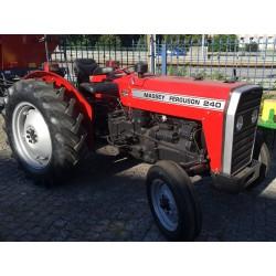 Trator Massey Ferguson 240